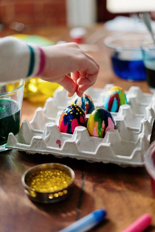 Eggciting+Easter%E2%80%99s+beginings+de-shelled